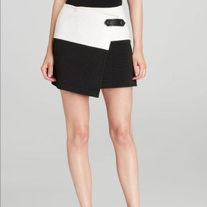 Alice + Olivia Lennon Skirt with Leather Trim